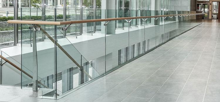 Super Glass House And Aluminium